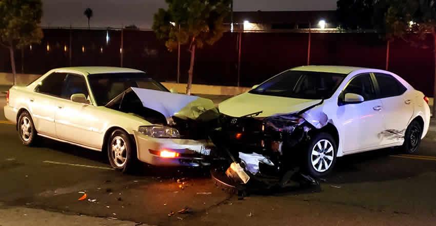 abogados de accidentes choque frontal