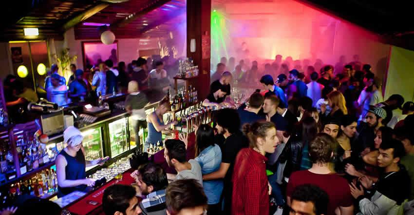 accidentes por negligencia en bar nightclub